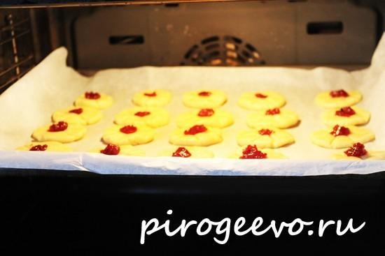 Печенье из песочного теста в духовке