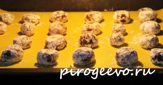 Домашнее печенье в духовке выпекается в течение 15-20 минут