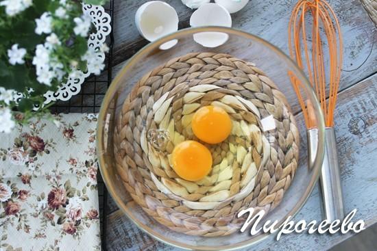 Торт Молочная девочка готовится на двух яйцах
