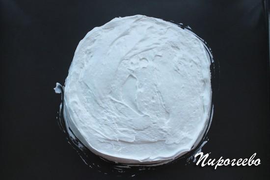 Торт воздушный сникерс с безе