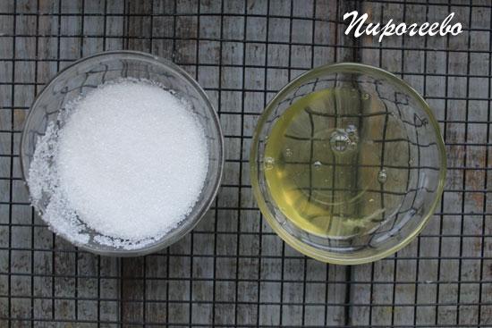 Готовим крем из белков и сахара