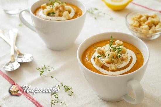 Полезный вегетарианский суп-пюре из красной чечевицы