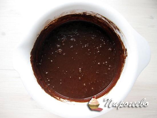 Шоколадное тесто для торта