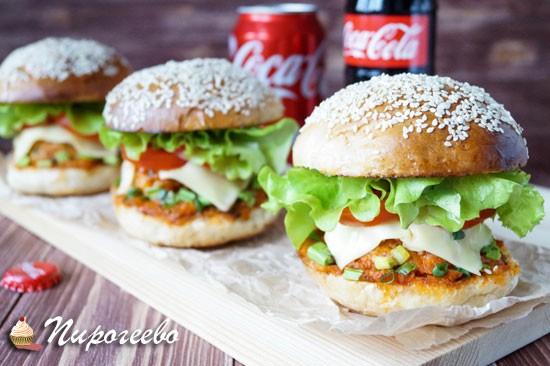 Домашние гамбургеры с сыром и фрикадельками