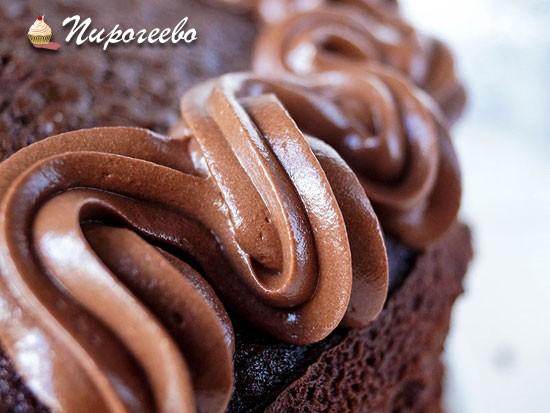Шоколадно-карамельный крем для торта и капкейков