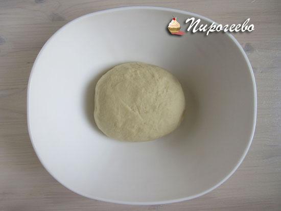 Тесто подойдет и увеличится в два-три раза