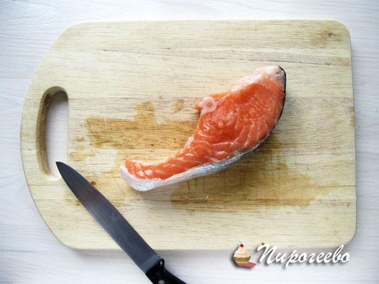 Копченый лосось освободить от костей