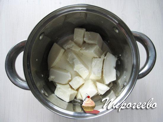 Шоколад топим на водяной бане