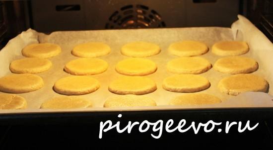 Овсяное печенье в духовке