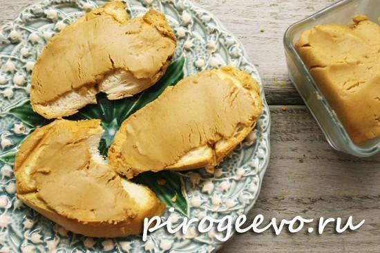 Бутерброды с арахисовой пастой