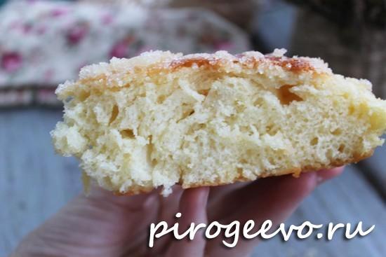 Сахарный пирог на сухих дрожжах