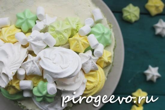 Нежный торт на шпинатном бисквите