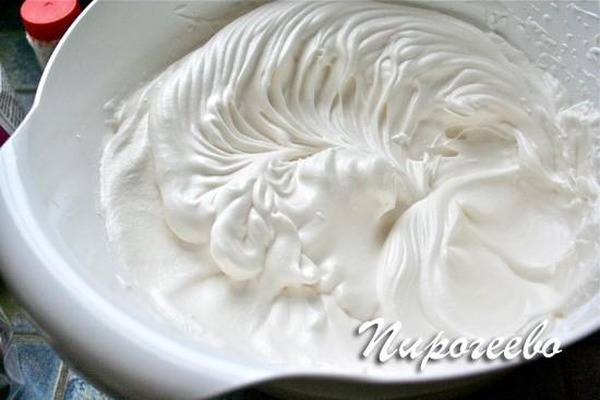 Крем из взбитых сливок для торта молочная девочка
