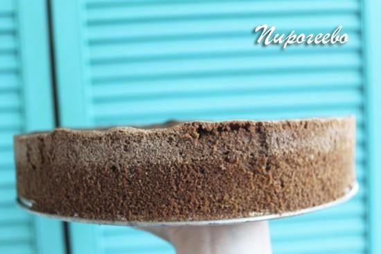 Готовый шоколадный бисквит для торта сникерс