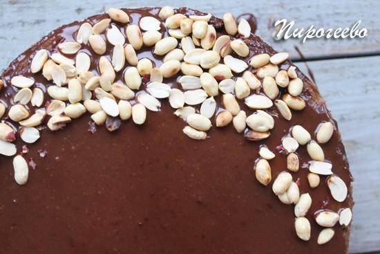 Домашний торт Сникерс с жареным арахисом