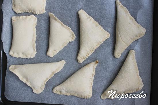 Слойки со сметаной рецепт с фото пошагово