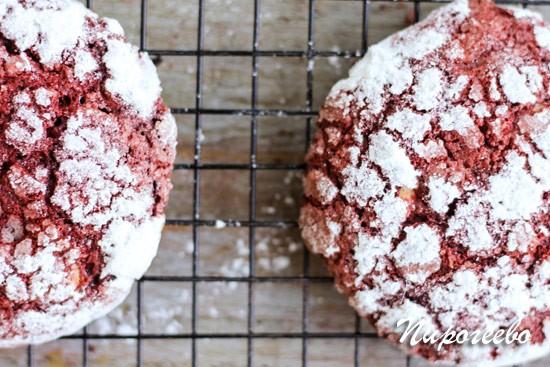 """Печенье """"Красный бархат"""" с трещинками: рецепт с фото"""