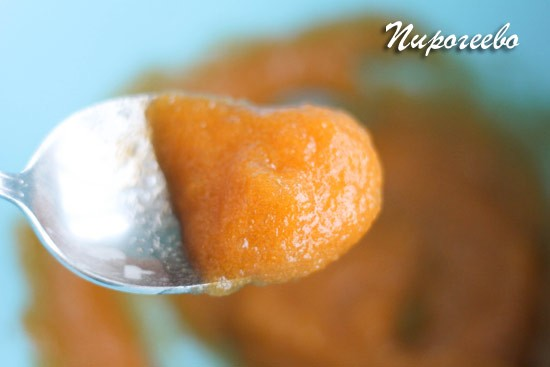 Пюре манго яркого цвета для зефира
