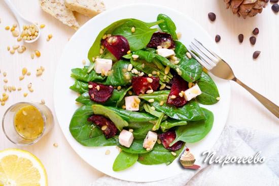 Салат с запечённой свеклой и сыром фета