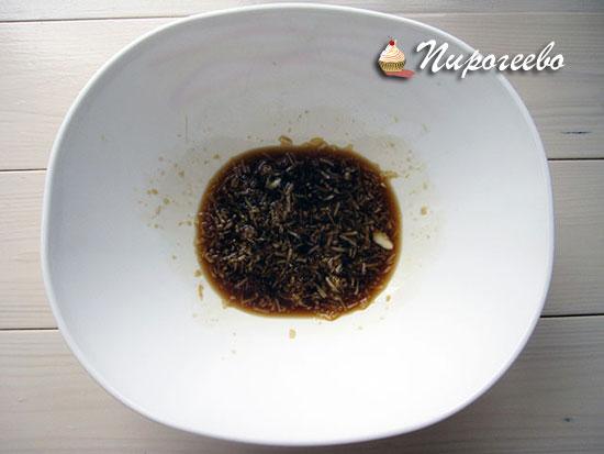 Добавляем соевый соус