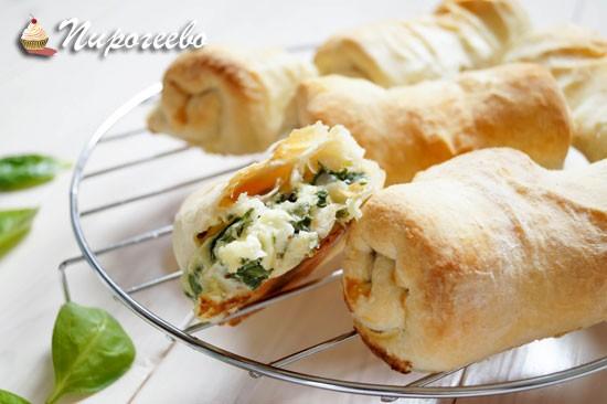 Как приготовить слойки со шпинатом и сыром
