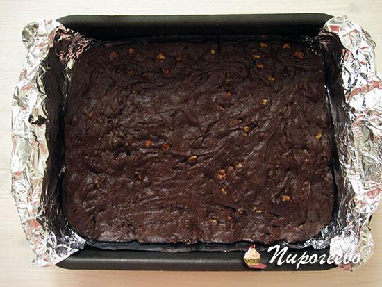 Вкусное шоколадное брауни готово