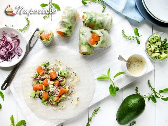 Спринг-роллы с лососем и авокадо
