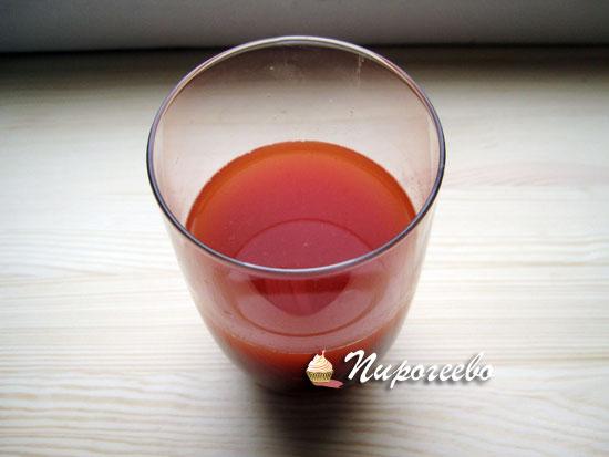 Для приготовления блюда нам пригодится томатный сок